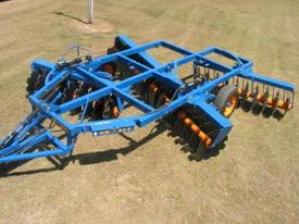 Grizzly Tillage & Seeding Equipment